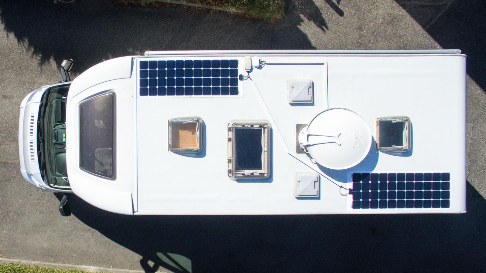 kabel f r solaranlage im carado orangecamp verlegen. Black Bedroom Furniture Sets. Home Design Ideas